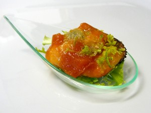 Logotipo Mejillón de Galicia en gelatina de tomate y lima